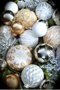 http://www.christbaumkiste.at/841-thickbox_01mode/weiss-gold-ii.jpg