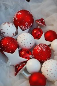 http://www.christbaumkiste.at/851-thickbox_01mode/santa-iv.jpg
